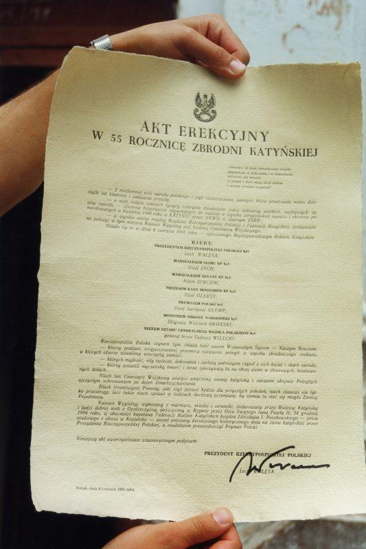 Akt erekcyjny Polskiego Cmentarza Wojennego w Katyniu