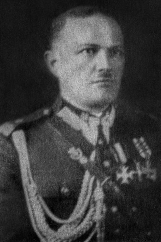 Portret generała Mieczysława Smorawińskiego